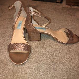Gold sparkle Betsy Johnson heels